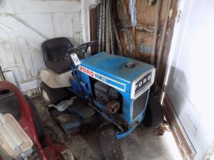 Lawn mower Ford LT 80 Riding lawn mower