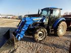 New Holland T4.75 Tractor with loader